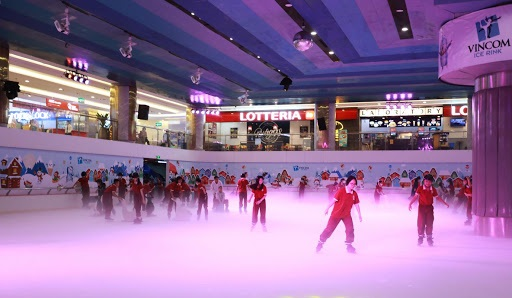 trượt băng landmark